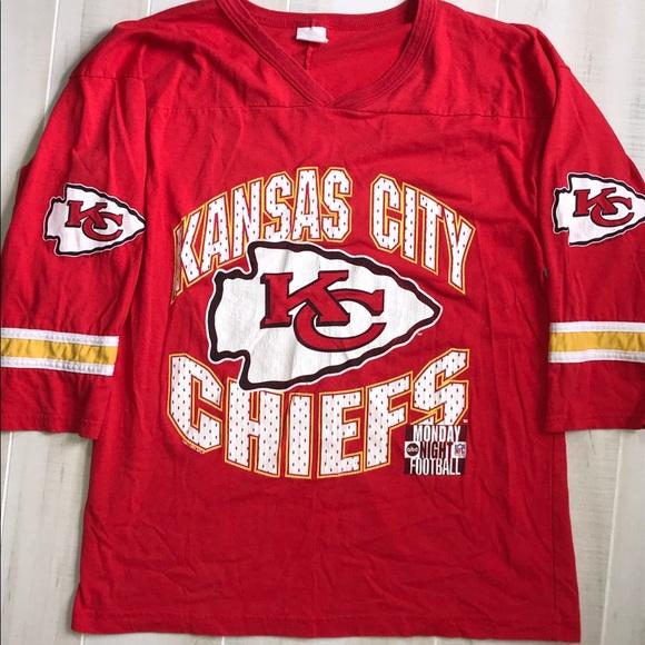 d2f7c317 {M} Vintage Kansas City Chiefs Jersey Style Tee